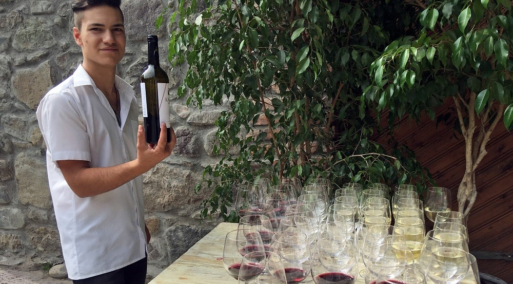 Armenia_winetasting