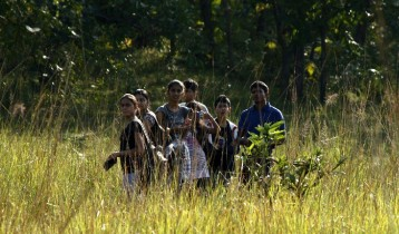 Header_ecotourism makes local youth into good naturalists (2)
