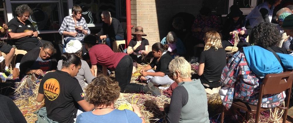 weaving workshop at Alice Springs Beanie Festival