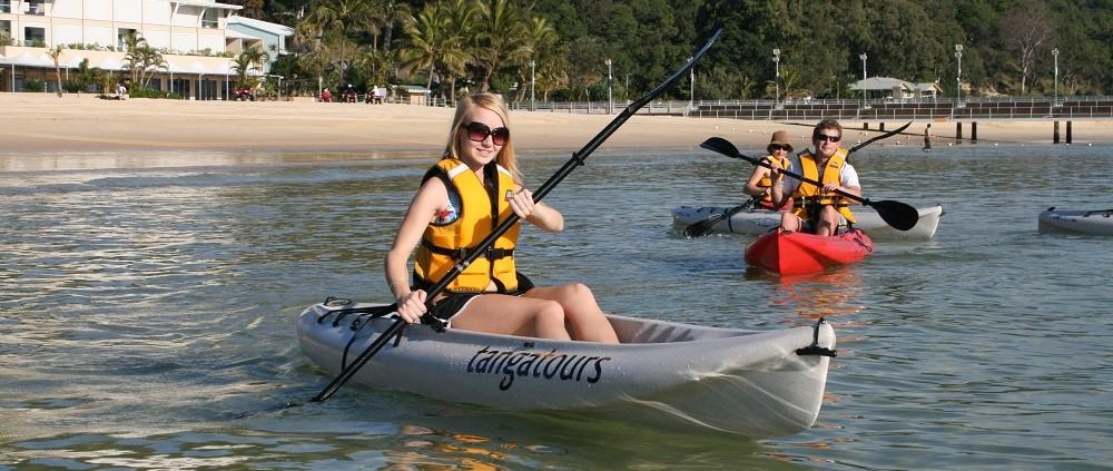 kayaking-tangalooma